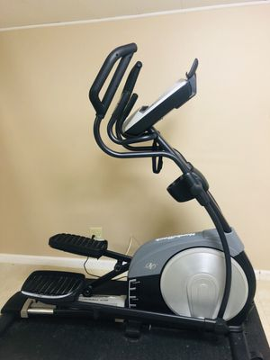 BEST OFFER! NordicTrack Elliptical Trainer (Black and Grey) for Sale in Bronxville, NY