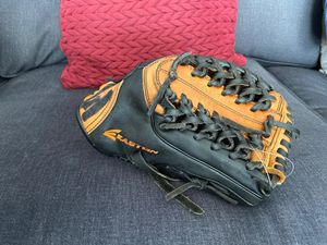 "Easton Future Legend 11.5"" baseball glove for Sale in Falls Church, VA"