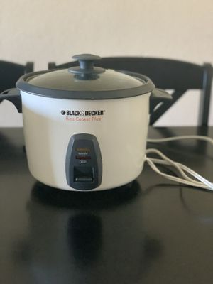 Black & Decker Rc436 16 Cup Multi Use Rice Cooker Plus Steamer White for Sale in Denver, CO