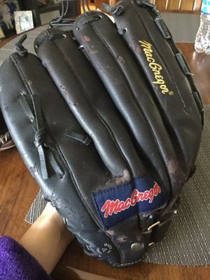 Men's Baseball Glove for Sale in Canby, OR