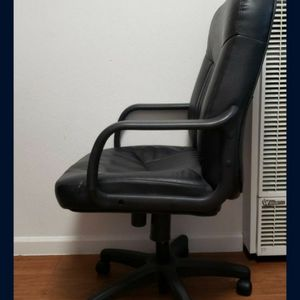 Office Chair for Sale in Vacaville, CA