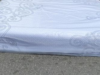 💥Brand new Blue Gel Memory Foam Mattress💥 Queen Mattress only-$260 Mattress & box spring-$320 Full Mattress only-$235 Mattress & box spring-$295 for Sale in Glendale,  CA