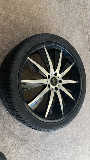 Set of 4 low profile DELINTE tires with HELO rims for Sale in Kennewick, WA