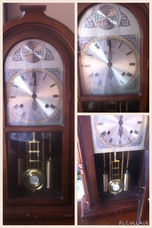 Antique wall clock centurion - 35 day wind-up clock with key Great for any antique collector!!!! In good condition. for Sale in Miami, FL