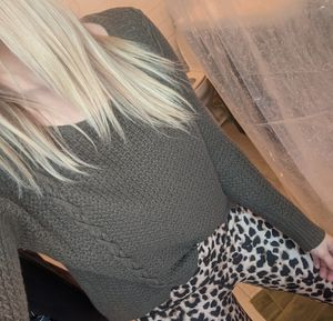 American Eagle Sweater Small for Sale in Brainerd, MN