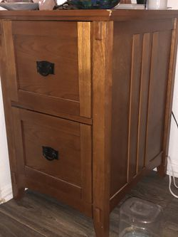 Brown small shelf/ night stand for Sale in Austin,  TX