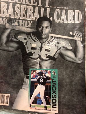 Your getting the magazine plus the baseball card for one money for Sale in Sterling, KS