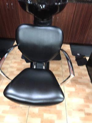 Backwash shampoo chair for Sale in Sunrise, FL