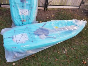 lifetime daylite 80 sit-on-top kayak 8 foot NEW for Sale in Lexington, SC