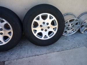 Tahoe rims 6 lug rims in great conditions no scratches for Sale in Garden Grove, CA