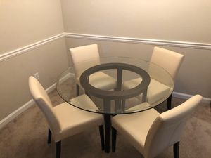 Crate & Barrel Halo Ebony Round Dining Table and Chairs for Sale in Roswell, GA