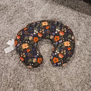 Baby Boppy Pillow With Cover for Sale in Lake Stevens, WA