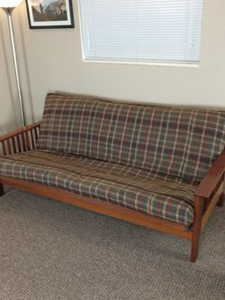 GREAT Wood Frame Futon (FREE DELIVERY) for Sale in Kenmore,  WA