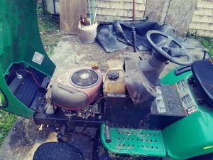Ridding lawn mower for Sale in Bristol, RI