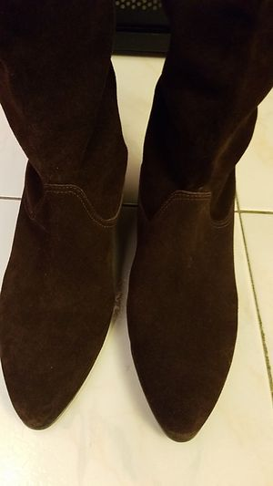 Aldo size 37suade brown boot for Sale in Queens, NY