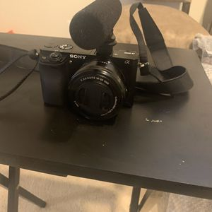Sony a6000 with Mic for Sale in Garrison, MD