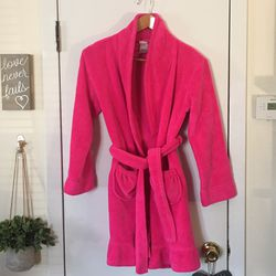 Girls Xhilaration Fleece Belted Robe for Sale in Hoboken,  NJ
