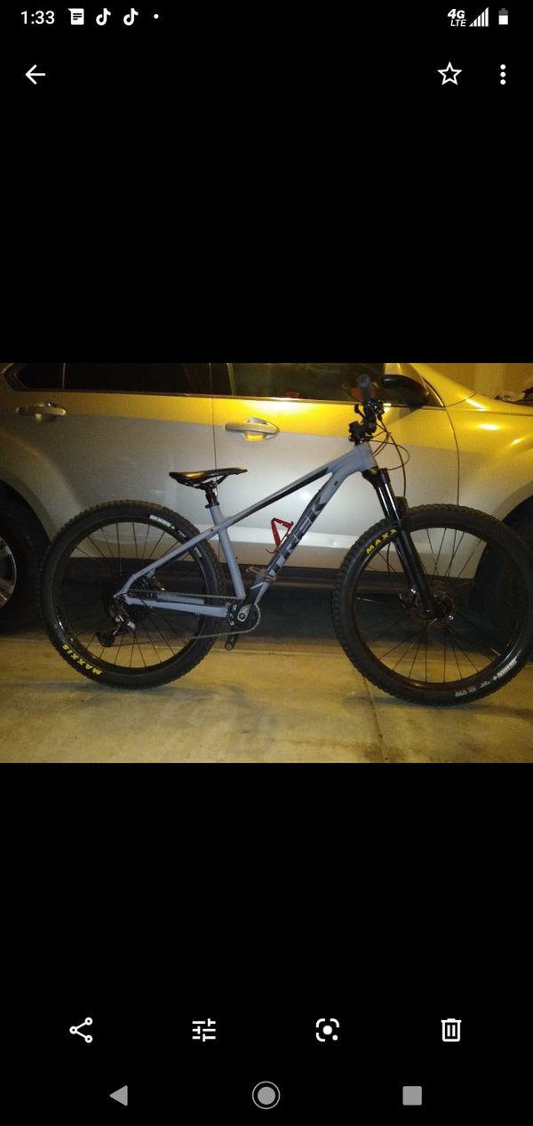 Mountain bike 2019 TREK ROSCOE 8