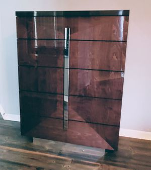 Wood dresser chest modern Italy lacquer bedroom furniture for Sale in Parkland, FL