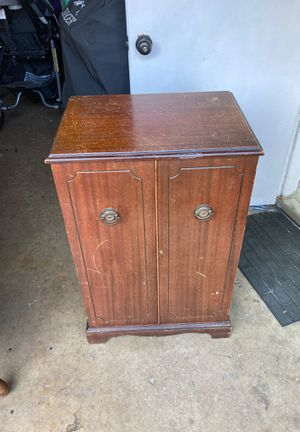 Antique mini bar for Sale in Bartlett, IL