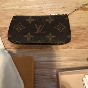 "Louis Vuttion ""Monogram Key Pouch"" for Sale in Arlington, TX"