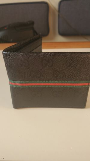 Gucci wallet for Sale in Port Ludlow, WA
