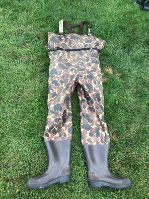 Mens camo waders with boots 9/7 for Sale, used for sale  Edgewood, WA