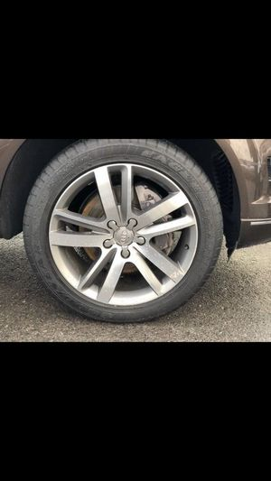 """Wheels used rims and tires R20"""" 275/45/20 set4 for Sale in Lynnwood, WA"""