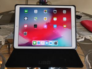 Mint Condition iPad Pro (2nd Gen), late 2017, 256G, WiFi/Cell for Sale in Chicago, IL