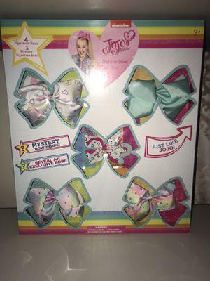 JOJO SIWA, 4 bows plus one surprise bow for Sale in Dallas, TX