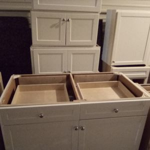 Kitchen cabinets for Sale in Franklin, TN