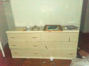 Dresser set for Sale in Detroit, MI
