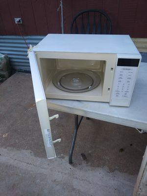 Mlcrohonda en muy buenas condiciones .calienta muy bien for Sale in Dallas, TX