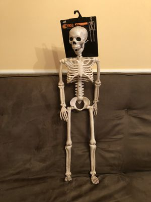 Halloween💀Posable Skeleton for Sale in West Palm Beach, FL