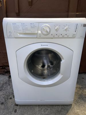 "Ariston ARWL129NA 24"" 1.82 cu. ft. Compact Front Load Washer - White, Stackable for Repair for Sale in The Bronx, NY"