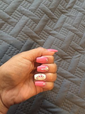 Acryli nails $30 for Sale in Chicago, IL
