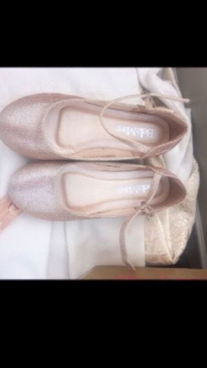 Girl shoes size 1 for Sale in San Diego, CA