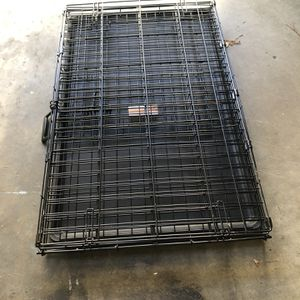 Large Dog Crate With Divider for Sale in CA, US