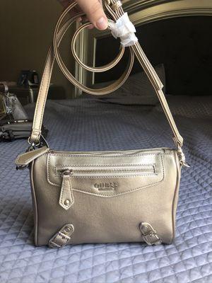 Guess crossbody bag for Sale in Manteca, CA