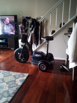 Electric 3 wheeled scooter for Sale in Sterling, VA
