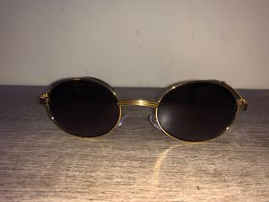 Round Sunglasses (Gold Accents) for Sale in Downey, CA