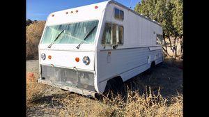 1975 Vintage Motorhome Pre smog for Sale in Juniper Hills, CA