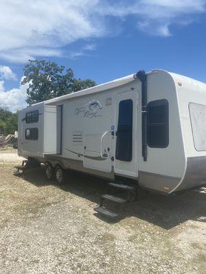 2010 Open Range 31 Ft Double Slideout Travel Trailer for Sale in Houston, TX