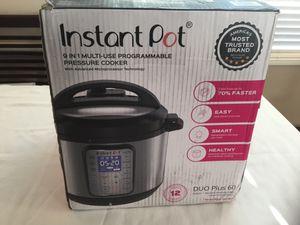Instant Pot Duo Plus 60 Programmable Pressure Cooker 6 Quart 9 in 1 for Sale in Pasadena, CA