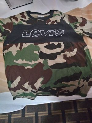 Levi's Camo Shirt size S for Sale in Phoenix, AZ