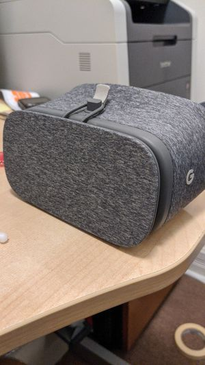 Google Daydream Headset for Sale in Chicago, IL