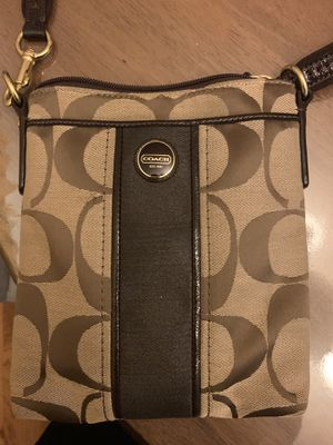 Coach small crossbody and wallet for Sale in Los Angeles, CA