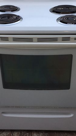 """Electric Stove 30"""" Inch Width for Sale in Fresno,  CA"""