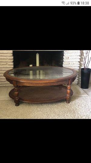 Coffee table $30 for Sale in Modesto, CA