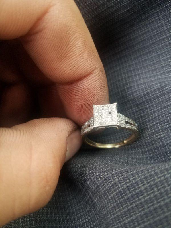 10k nice diamond ring